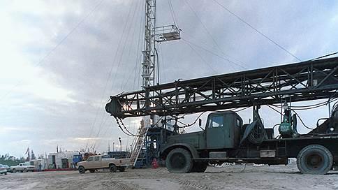 Ельцин в Тюмени: в обновленный Союз на дешевом бензине не въедешь