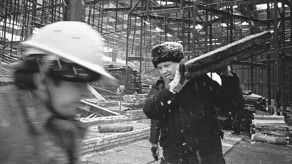 """""""Мои друзья говорили о Ельцине: """"Он властолюбив, амбициозен. Зато любое задание начальства разобьется в лепешку, но выполнит"""". Я прямо сказал друзьям, что именно такой человек мне и нужен — он же строительство будет курировать, а не идеологию"""""""