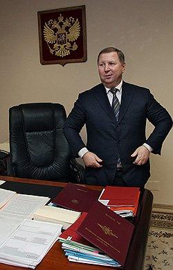 Юрий Шалаков. Загружается с сайта Ъ