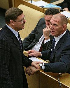 Константин Косачев (слева), Александр Шишкин (в центре) и Александр Карелин