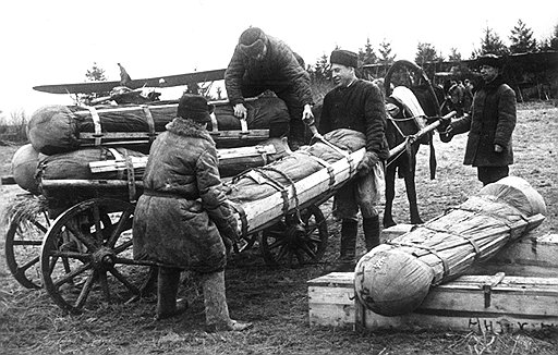 Успех партизанских акций определялся во многом объемами имевшихся у них в распоряжении боеприпасов (на фото) и оперативностью их доставки к месту использования