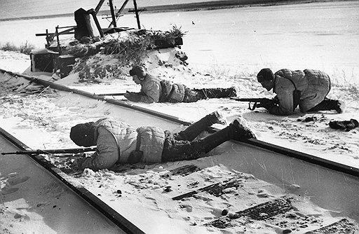 Многообразию боевых задач, успешно выполненных партизанами, способствовал сезонный подход к планированию операций