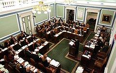 На заре существования исландского парламента законотворчеством занимались исключительно жрецы