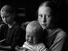 Исследование происхождения зла Михаэля Ханеке чуть было не привело к тому, что дети оказались главным его источником («Белая лента»)