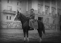 Балету Большого театра покровительствовали и первый красный офицер Климент Ворошилов (на фото), и секретарь ЦИКа Авель Енукидзе. Но поплатился за это только последний: в 1935 году его сняли со всех постов с формулировкой «за моральное разложение»