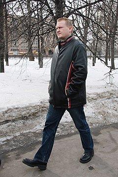 На волне национального подъема многие журналисты увидели в визите Вели-Пекки Рантала в консульство РФ попытку иммигрировать в Россию
