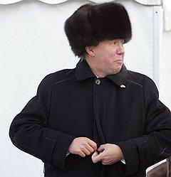 Застегнутый врасплох. Глава РАО «Газпром» Алексей Миллер. Бабаево, 2005 год