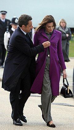 Утепленный стан. Президент Франции Никола Саркози с супругой. Лондон, 2008 год