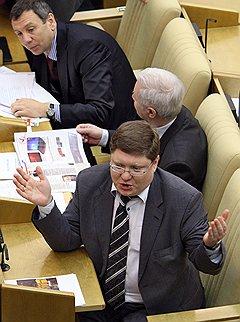 Депутат Андрей Исаев усомнился, что его партия использует административный ресурс по назначению