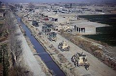 В ходе операции «Моштарак» войска коалиции отвоевали Марджу у повстанцев (на фото), но по ночам там продолжают мастерить бомбы из подручных материалов