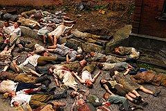 Нарочитый натурализм в изображении жертв войны будто позаимствован у «Утомленных солнцем-2» Никиты Михалкова