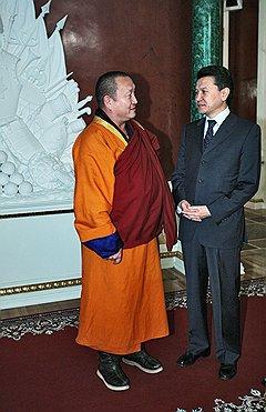 Чтобы потрудиться на благо Калмыкии после ухода из президентов, у буддиста Кирсана Илюмжинова осталось еще примерно 38 жизней