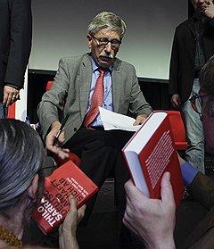 Тило Саррацин прослыл героем среди простых немцев, неполиткорректно обрушившись на мусульманских иммигрантов