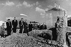 Американская делегация осмотрела минские развалины, ужаснулась — и в Белоруссию пошли эшелоны с одеждой, собранной благотворителями