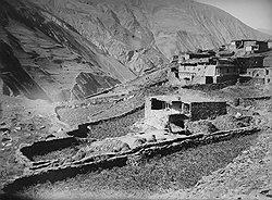 Острый дефицит земли в горах вел к острейшим конфликтам вокруг нее на равнинах