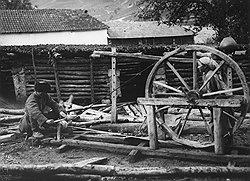 На протяжении 1920-х годов кинжал оставался самым надежным оружием кавказских народов в борьбе за свои экономические интересы