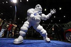 Надувной человечек Бибендум французского производителя шин Michelin успешно существует уже многие десятилетия, а российским Сберику и Сберочке, скорее всего, грозит быстрое забвение