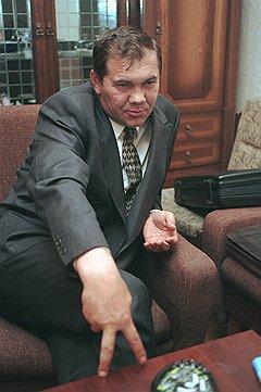 """На президентских выборах 1996 года появилась """"третья сила"""" в виде Александра Лебедя. Возможно, подобное случится и в 2012-м, тем более что рак и щука уже есть"""