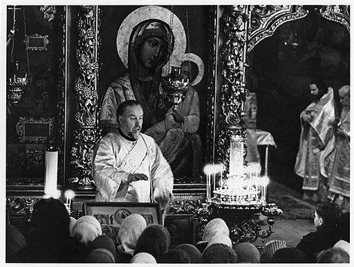 По закону подношения верующих для священства традиционных конфессий считались заработком, а для нетрадиционных — нетрудовым доходом