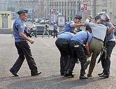"""Правоохранители активно поддержали слова Дмитрия Медведева о сотрудниках, которые """"честно и слаженно выполняют свою работу"""""""