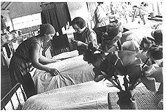 Из очага новой культуры пролетарские общежития быстро превратились в рассадники проституции старорежимного типа