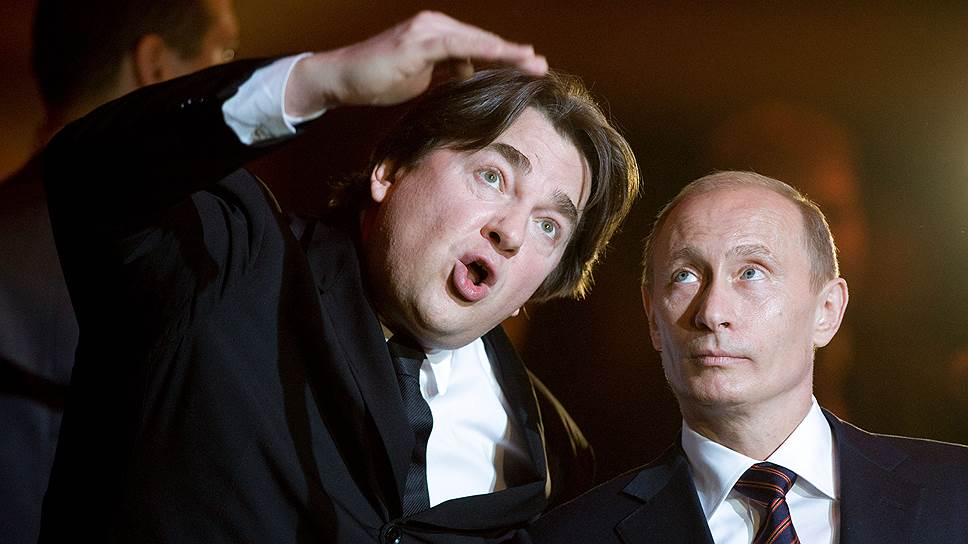 «Я отдавал себе отчет в том, что массовый вкус, точнее,низкое его качество — это и есть то, на чем держалсяпутинский Кремль»