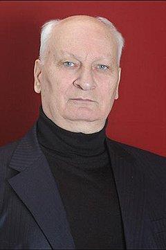 В деле осетинского поэта есть уже двое убитых — сам Шамиль Джигкаев (на фото) и его предполагаемый убийца Давид Мурашев. Судьба еще 18 человек пока остается неизвестной