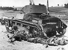 """""""Одиночная подготовка личного состава танковых частей лучше по сравнению с другими родами войск, но руководство ими уступает немецкому"""""""