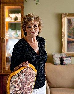 Американка Мари Колстад хочет с помощью пластической хирургии заставить свои мозги и грудь двигаться в одном направлении