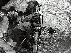 """У экспедиции, намеревавшейся поднять """"Тукан"""", не оказалось нужных навыков, здоровых водолазов, а главное, как утверждали злые языки, желания работать"""