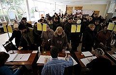 По мнению организаторов альтернативного подсчета голосов Леонида Парфенова и Сергея Пархоменко, опубликованные ЦИК результаты расходятся с реальным волеизъявлением граждан