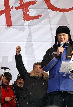 Один лишь имидж демократов до сих пор не принес Борису Немцову и Владимиру Рыжкову большой популярности