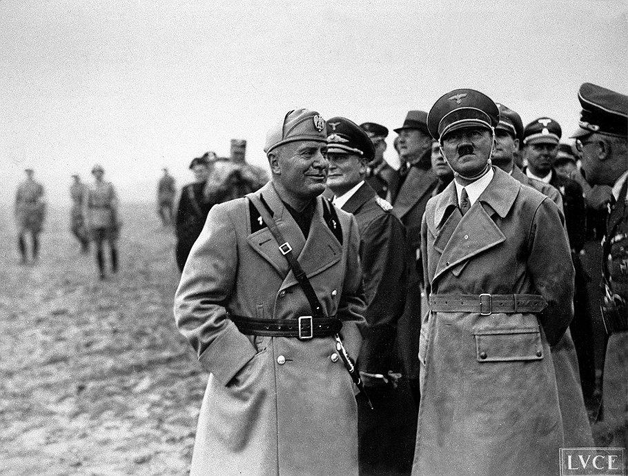 Недружественные, как считал Муссолини, советские нефтяные санкции подтолкнули его к тесному союзу с Гитлером