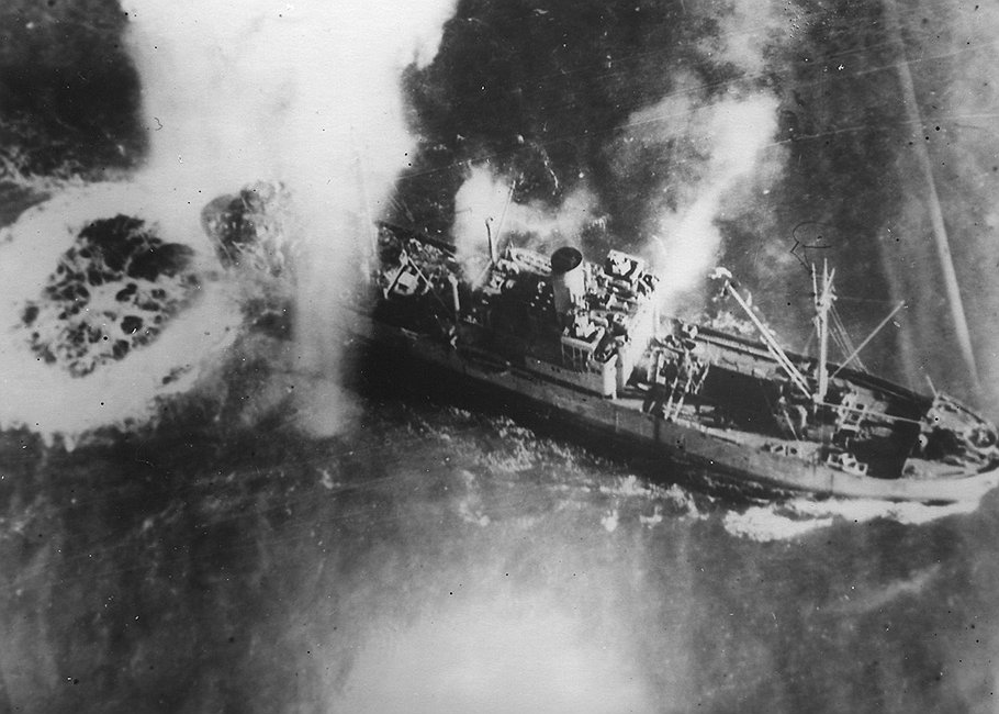 Транспорты с советскими грузами для республиканцев в Испании обстреливались снарядами, сделанными из советского сырья, с фашистских кораблей, заправленных мазутом из СССР