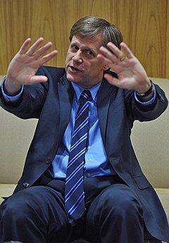 Дипломатия на ощупь. Посол США в России Майкл Макфол. Москва, 2012 год