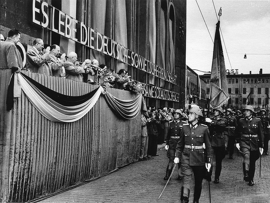 С послевоенных времен немецко-советская дружба имела дорогостоящую радиоактивную составляющую