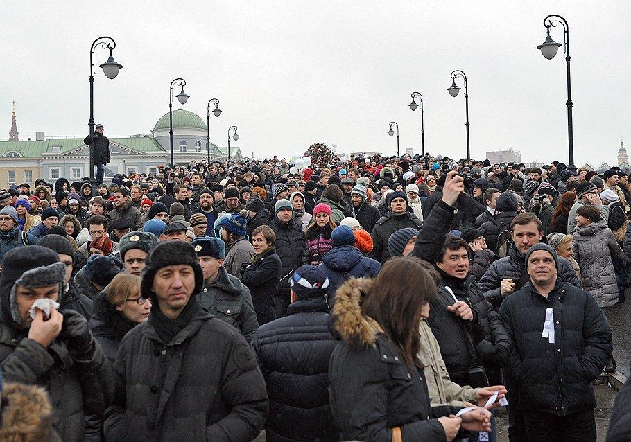 C декабрьским митингом на Болотной площади обошлись по-сурковски: пообещав реформы и противопоставив митингующих рабочему классу