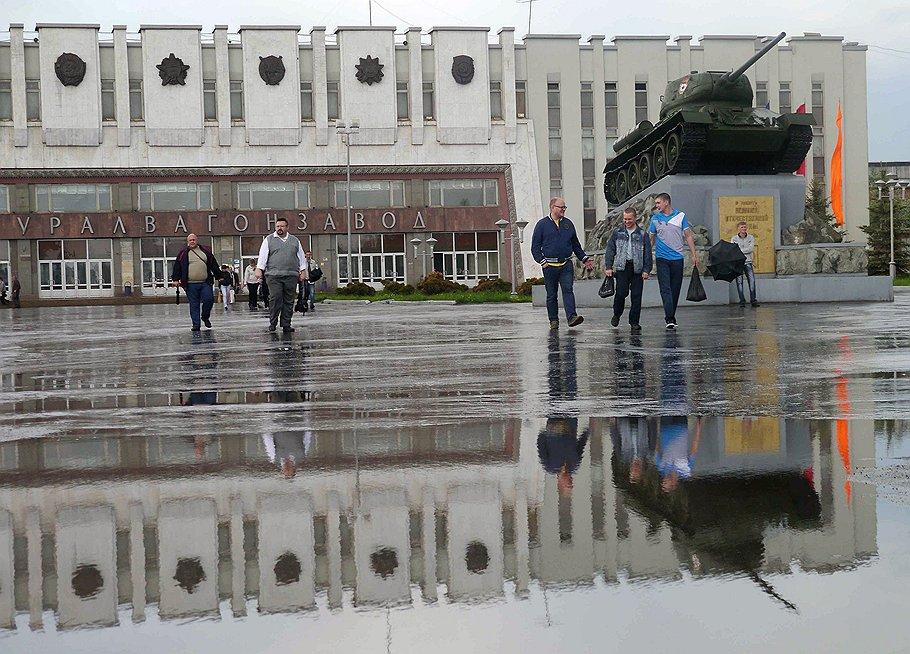 На короткое время Уралвагонзавод перепрофилировался на выпуск надежных кадров для Владимира Путина
