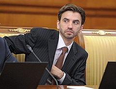 Михаилу Абызову предстоит стать связующим звеном между двумя правительствами, а заодно понять, чем же конкретно ему придется заниматься