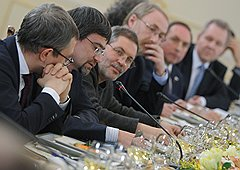 Официальные встречи Владимира Путина с политологами — редкая возможность для экспертов донести мысль напрямую