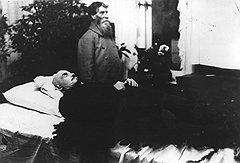 """""""Мне уже много лет назад один крестьянин сказал: """"А ты, Ильич, помрешь от кондрашки"""", и на мой вопрос, почему он так думает, он ответил: """"Да шея у тебя уж больно короткая""""""""."""