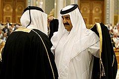 Безопасность в регионе Персидского залива — залог стабильного дохода Катара от газового экспорта (на фото эмир Хамад бен Халифа аль-Тани)