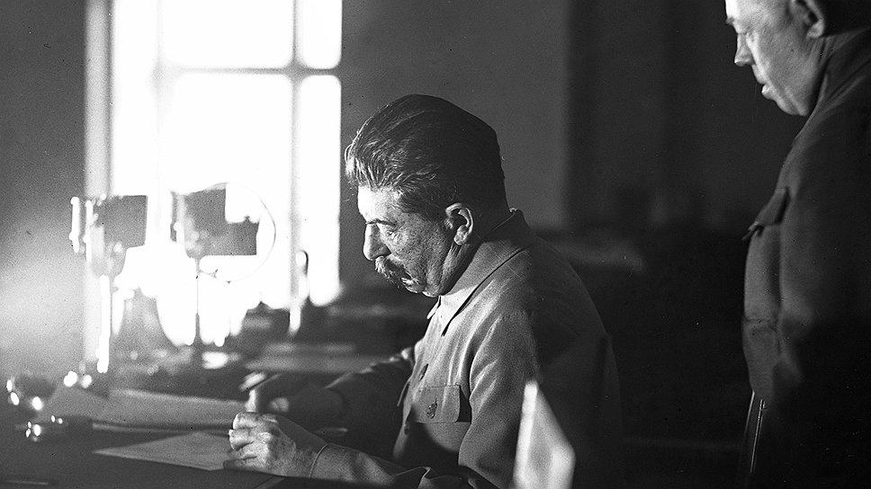 Знаток литературы и пропаганды Сталин знал точную цену каждого слова