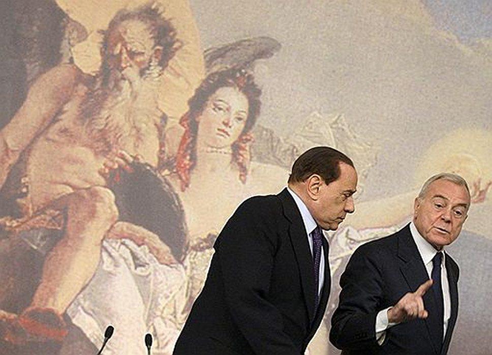 Сильвио Берлускони (слева) видит следующим президентом Италии себя или своего ближайшего соратника Джанни Летта (справа)