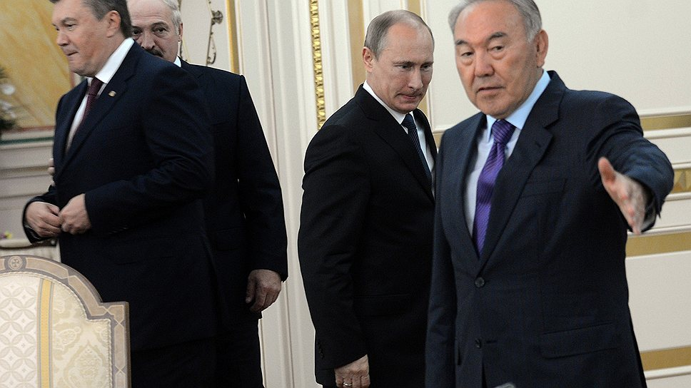 После саммита в Астане вероятно, что Виктор Янукович станет постоянным участником на встречах Владимира Путина, Нурсултана Назарбаева и Александра Лукашенко