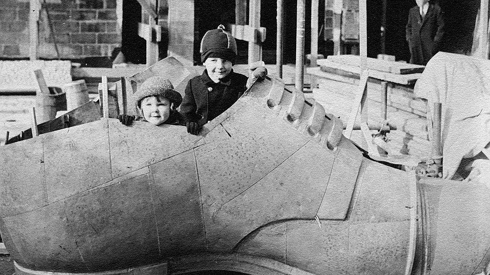 Мэри-Нелле Гриффит. Фотохроника строительства советского павильона на Всемирной выставке в Нью-Йорке 1939 года