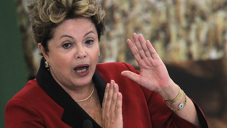 Президенту Бразилии Дилме Руссефф не удается сдерживать недовольство граждан социальной политикой, затеяв для них Олимпиаду и футбольный турнир