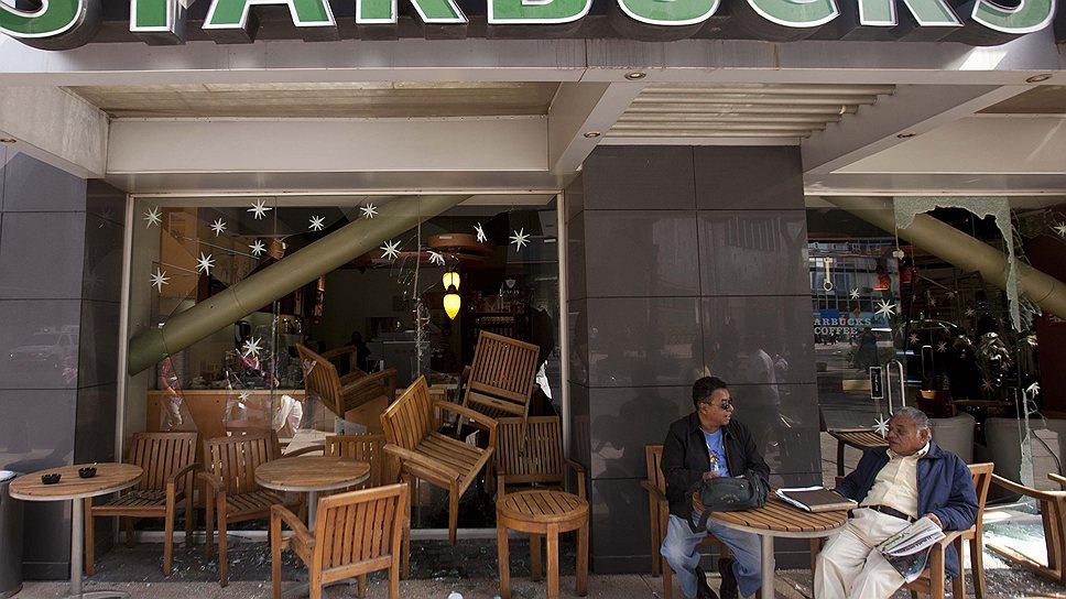 Беспорядок в мировой финансовой системе позволяет глобальным компаниям вроде Starbucks платить налоги там, где выгоднее, экономя сотни миллионов долларов