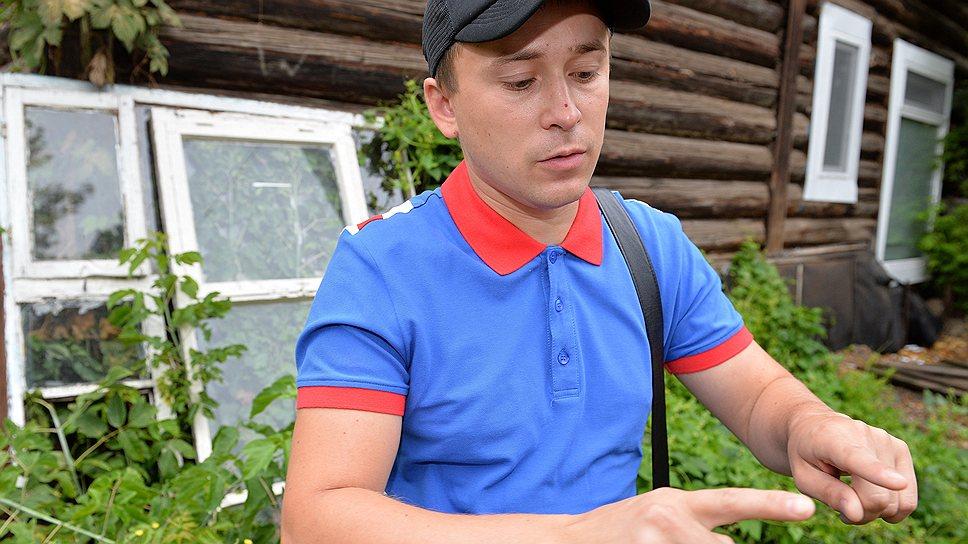 Ночь на 1 июня 2012 года, по словам уфимца Руслана Галеева, он провел в отделении полиции с противогазом на голове и электродами в паху
