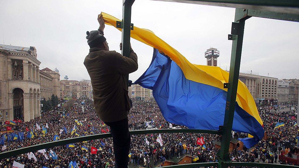 """Разгон """"Евромайдана"""" привел к увеличению его численности и радикализации требований оппозиции"""